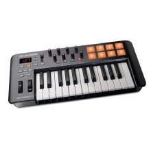 M-Audio Oxygen 25 IV   USB Keyboard and Pad MIDI Controller