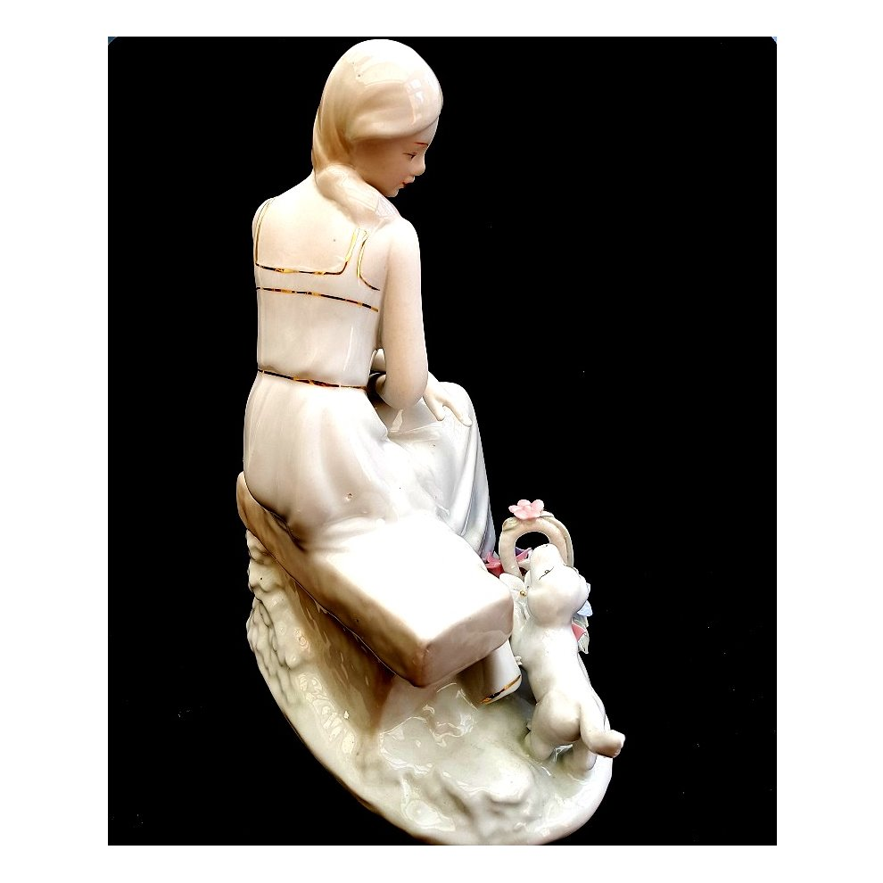 e07d0078b ... Porcelain Victorian Lady on a bench Ornament - 2. >