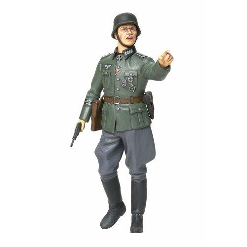 Tamiya 36313 World War II German Field Commander Model Kit Scale 1:16