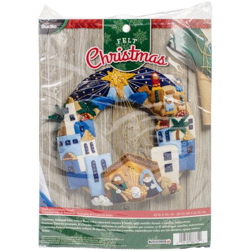 "Bucilla Felt Wreath Applique Kit 12""X12.5""-Town Of Bethlehem"